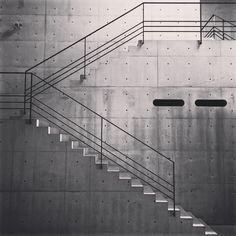 TadaoAndo Naoshima via nicholaskilner-stair, design Outdoor Handrail, Stair Handrail, Staircase Railings, Staircase Design, Stair Design, Shadow Architecture, Architecture Details, Interior Architecture, Balcony Railing Design
