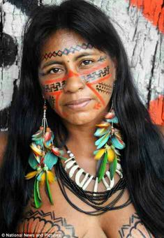 Body Painting On Women - Yahoo Image Search Results Tribal People, Tribal Women, Native American Beauty, Native American Indians, American Art, Amazon Tribe, Xingu, Brazilian Women, Brazilian People