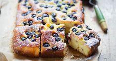 Már a nyarat csempészheted az otthonodba az aranysárga, a joghurttól és az olajtól fantasztikusan puha kevert sütivel.