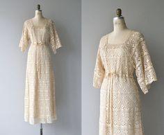 Rocambolesco pizzo abito da sposa Abito da sposa anni 1970