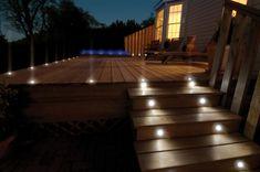 iluminacion exterior en el suelo