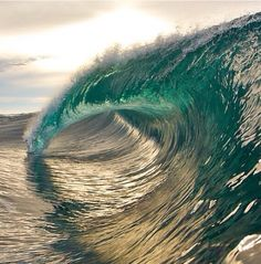Learn to surf.doesn't have to be a wave like this one but id like to learn to surf No Wave, Water Waves, Sea Waves, Sea And Ocean, Ocean Beach, Illusion Fotografie, Surf Mar, All Nature, Ocean Life