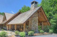 Stay together under one roof with our large Gatlinburg cabins! http://www.parksidecabinrentals.com/blog/4-tips-amazing-thanksgiving-gatlinburg/