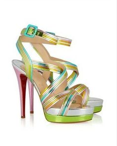 Meteorita Christian Louboutin. It's a good thing I can't afford shoes like this.