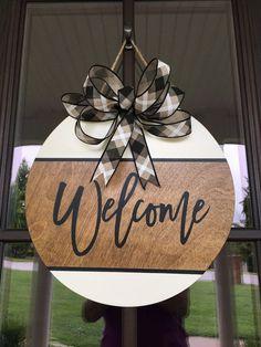 Welcome Signs Front Door, Front Door Decor, Front Porch, Wooden Door Signs, Wooden Doors, Fall Door Hangers, Halloween Door Hangers, Realtor Gifts, Diy Signs