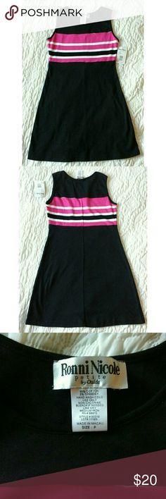 NWT Ronni Nicole Petites black, white & pink dress NWT Ronni Nicole Petites black, white & pink sleeveless striped dress. 95% cotton, 5% spandex Ronni Nicole Dresses Midi