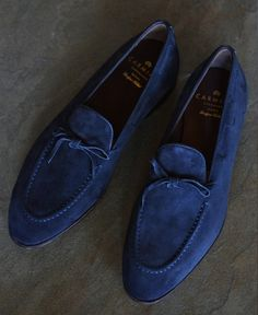 "ascotshoes: ""I just love taking photos of my own shoe collection when sun comes out. - What's distinctive about Vass shoes is their hand welted construction and unique but unlimited Made to Order. Blue Suede Shoes, Leather Dress Shoes, Suede Loafers, Loafers Men, Blue Loafers, Formal Shoes, Casual Shoes, Dress Casual, Shoes Style"