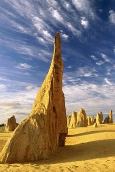 In Western Australia, there is the Nambung National Park, and the Pinnacles Desert is a part of it. We offer you a small Photo Tour to this amazing Places Around The World, The Places Youll Go, Places To See, Around The Worlds, Western Australia, Australia Travel, Perth Australia, Pinnacles Desert, Nambung National Park