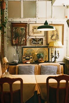 love -- I can imagine myself on that settee enjoying memorable, after-dinner conversations with friends until well into the night. Interior Decorating, Interior Design, Decorating Ideas, Decor Ideas, Cabana, Modern Furniture, Home Furniture, Eclectic Gallery Wall, Cafe Style