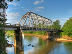 """I was dreaming of the Tallahatchie Bridge / A thousand miles from where we live"" – Money Road"