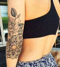 Beautiful tattoos  #love them!