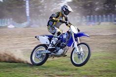 Motorbike_rider_mono.jpg (1600×1067)