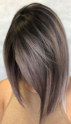 32 Ways to Wear Latest Ombre Hair Colors for Bob Haircuts 2019 - Hair - Hair Color Short Hair Model, Short Hair Cuts, Color For Short Hair, Highlights In Short Hair, Fall Hair Cuts, Fall Highlights, Blonde Highlights, Ombre Hair Color, Hair Colors