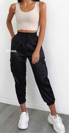 Summer Outfits - Amazing Summer Outfits to Copy Now - Outfit Ideen - Modetrends Black Summer Outfits, Summer Outfits Women Over 40, Modest Summer Outfits, Summer Outfit For Teen Girls, Cute Casual Outfits, Winter Outfits, Spring Outfits, White Girl Outfits, Summer Pants Outfits