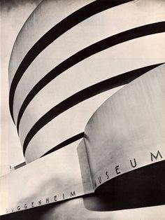 Guggenheim Museum, New York. Architect: Frank Lloyd Wright. In: LIFE Science Library - Mathematics by David Bergamini and the Editors of LIFE. Time Inc, New York, 1963. Photo: Louis Goldman.
