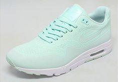 "Nike Womens Air Max 1 Ultra Moire ""Fiberglass"" - SneakerNews.com"