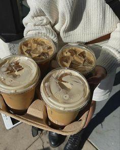 Aesthetic Coffee, Aesthetic Food, Cute Food, Good Food, Yummy Food, Food N, Food And Drink, Think Food, Snacks
