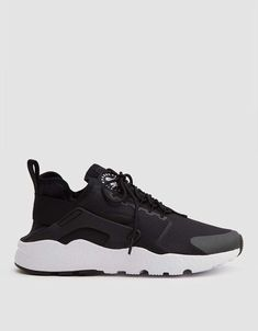 hot sale online 072bc edf45 Nike   Air Huarache Run Ultra in Black