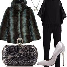 Outfit raffinato per una serata importante con jumpsuit nera abbinata a  décolleté con tacco a spillo