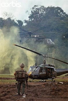 https://flic.kr/p/gZVGrC   28 Jun 1970, Campuchia   -- Troopers at fire base Gonder burning their bunker Chinook carrying truck back to Vietnam. Sky troopers moving out from the jungle terminal; their operation in Cambodia. --- Image by © Bettmann/CORBIS