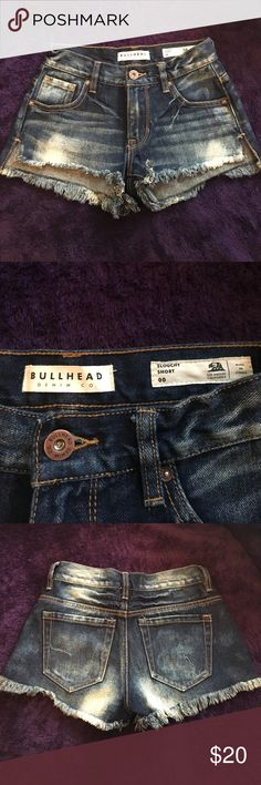 Bullhead high waisted shorts worn once! Bullhead size 00 high waisted shorts only worn once! Bullhead Shorts Jean Shorts