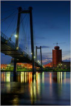 """Krasnoyarsk city, Siberia. Russia. """"Виноградовский"""" вантовый мост. Красноярск. Башня КАТЭК НИИ уголь"""