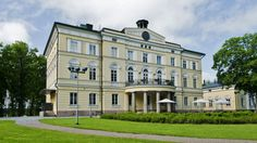 Manors in Finland. List of famous manors in Finland. Many Finnish Manor Houses are open to the public, often as museums, galleries, or restaurants. Old Houses, Manor Houses, Old Buildings, Nature Animals, Scenery, Chateaus, Mansions, Palaces, Country