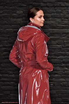 Alicia Vikander Red Raincoat, Vinyl Raincoat, Plastic Pants, Plastic Raincoat, Vinyl Clothing, Swedish Girls, Rubber Raincoats, Langer Mantel, Pvc Coat