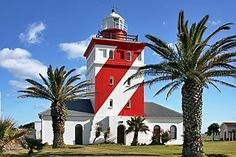 Lighthouse is Crown Jewel in Cape Town's Green Point Neighborhood Lighthouse Books, Travel Around The World, Around The Worlds, Point Light, Virgin Atlantic, Cape Town South Africa, Most Beautiful Cities, Beautiful Lights, Holiday Destinations