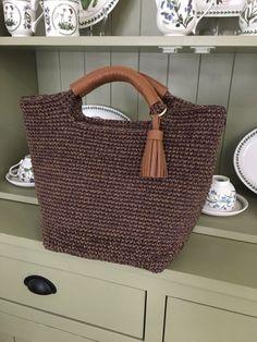 Knitted Bags, Crochet Bags, Crochet Stitches, Louis Vuitton Damier, Straw Bag, Needlework, Handbags, Purses, Canvas