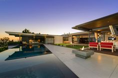 'Friends' Star Matthew Perry's Midcentury Stunner in the Hollywood Hills Is For Sale - Dwell
