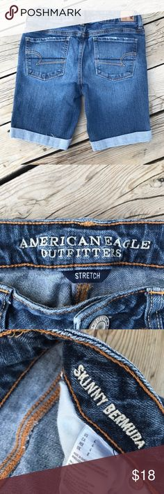 "American Eagle Skinny Bermuda Jean Shorts --Size 4 Size 4, inseam is 9"" when the shorts are rolled as shown in photos. Leg opening is 8"" across. American Eagle Outfitters Shorts Bermudas"