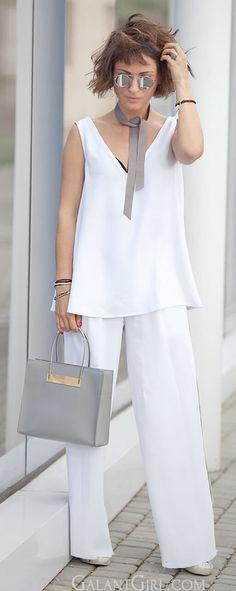 total white summer outfit | balenciaga cable shopper bag | asos round sunglasses | street style ideas |