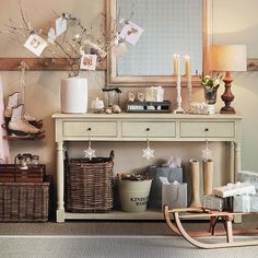 Festive hallway | 10 best Christmas hallway ideas | Hallway | PHOTO GALLERY | Ideal Home | Housetohome.co.uk
