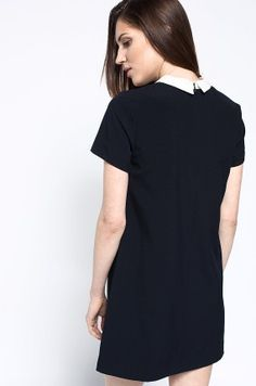 Medicine - Sukienka Work In Progress kolor czarny RS16-SUD301 - oficjalny sklep MEDICINE online