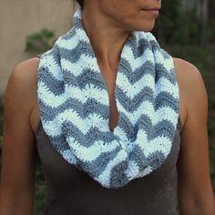 Zig Zag Infinity Scarf- 32 Super Easy Crochet Infinity Scarf ideas | DIY to Make