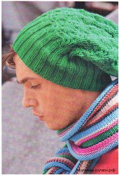Яркий мужской комплект спицами: шапка и шарф