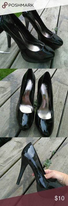 Black Sofia Vergara Heels Never worn but do have some scuffs from storage. Sofia vergara Shoes Heels