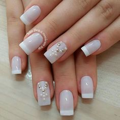 Unhas decoradas francesinhas Pedicure Designs, Pink Nail Designs, Rosary Nails, White French Tip, Nail Bar, Stylish Nails, French Nails, Winter Nails, Manicure And Pedicure