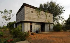 Bapagrama Stone House / Pragrup
