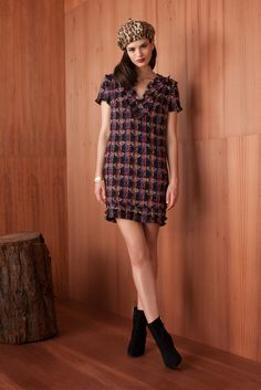 Trina Turk | Fall 2015 Ready-to-Wear | 08 Blue/pink printed short sleeve mini dress