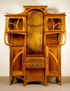 decorativearthistory: Cabinet-vitrine Gustave Serrurier-Bovy 1899 The Metropolitan Museum of Art