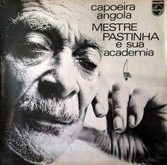 Capa do Lp de Mestre Pastinha de 1969, gravado no Teatro Castro Alves com Waldomiro Malvadeza e Raimundo Pequeno.