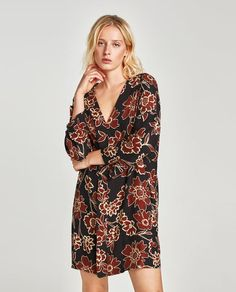 Image 2 of FLORAL PRINT DRESS WITH RUFFLE from Zara