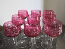 8 verres roemers en cristal taillé rubis de Baccarat modèle Empire, SIGNES