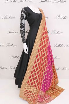 Designer Black Soft Silk Designer Outfit with Gorgeous Duppata Indian Fashion 2017, Indian Bridal Fashion, Western Dresses, Indian Dresses, Indian Outfits, Traditional Fashion, Traditional Outfits, Indian Attire, Indian Wear