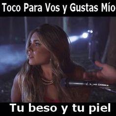 Acordes D Canciones: Toco Para Vos - Tu beso y tu piel ft. Gustas Mio