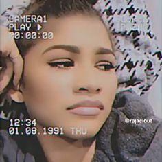 Badass Aesthetic, Black Girl Aesthetic, Aesthetic Movies, Music Aesthetic, Aesthetic Videos, Retro Aesthetic, Crying Aesthetic, S Videos, Insta Videos