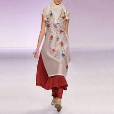 Ecru & maroon silk chanderi kurta set with Parsi embroidery