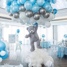 Shower Favors And Prizes Baby shower centerpiece idea - balloons and girant floating bear - so cute!Baby shower centerpiece idea - balloons and girant floating bear - so cute! Deco Baby Shower, Baby Shower Balloons, Shower Party, Baby Shower Parties, Boy Baby Showers, Baby Shower Boys, Baby Boy Balloons, Cloud Baby Shower Theme, Unisex Baby Shower